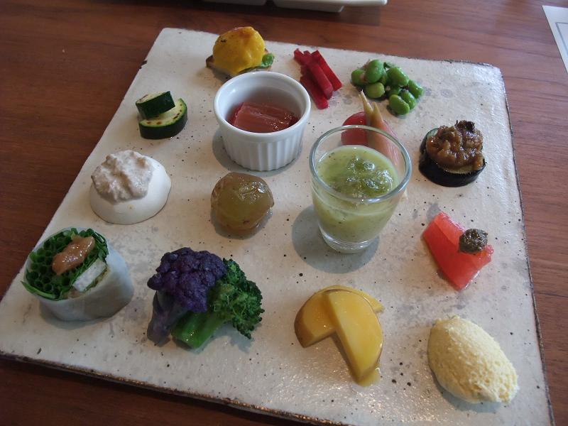 銀座 野菜蔵JIMI@トレシャス 野菜プレートランチA