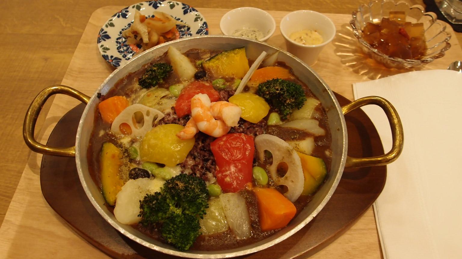 銀座 銀座カフェビストロ 森のtable 野菜のデトックス薬膳酵素カレー
