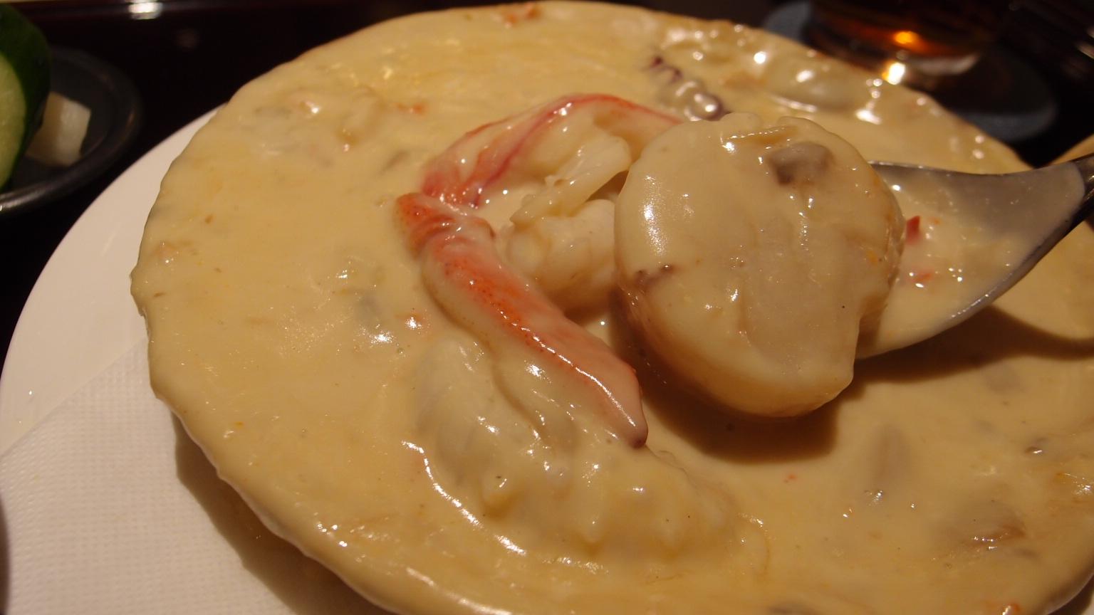 銀座 古川 魚介類のクリームシチュー | ヒレカツカレー