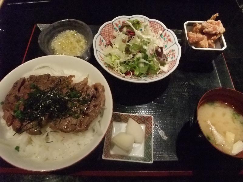 銀座 能登輪島 牛ステーキ丼
