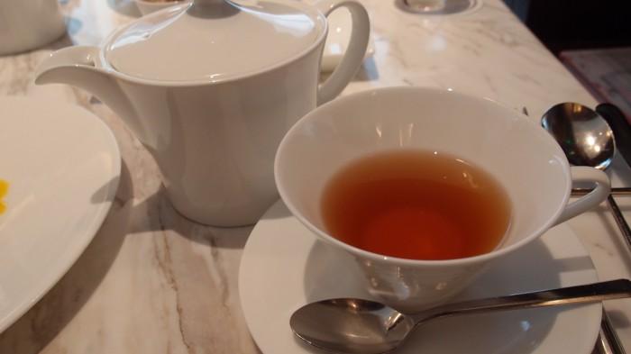 ミキモトラウンジ 紅茶