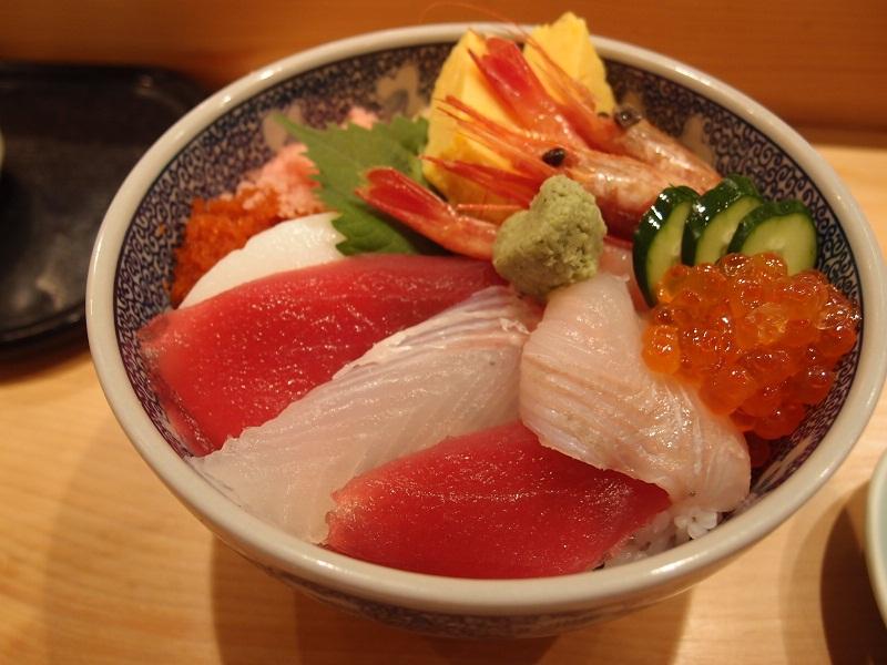 銀座 寿司割烹 植田 ランチ終了夜のみ営業