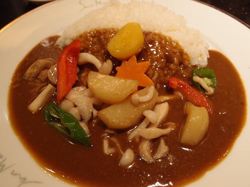 東京駅 サンマルコ 秋野菜カリー