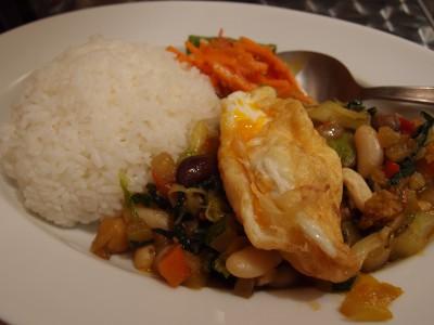 マンゴツリーキッチンgapao 野菜のガパオ