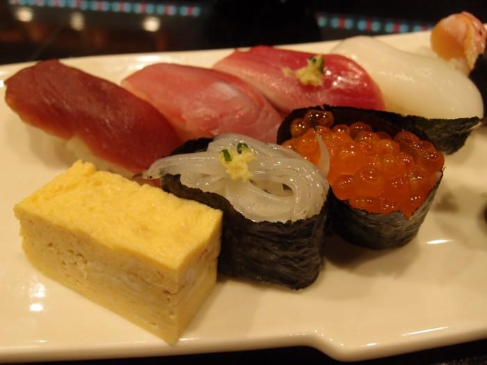 魚游 上にぎり寿司