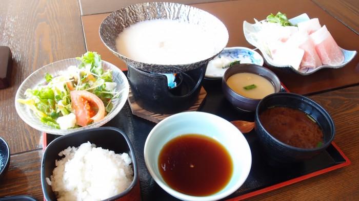 吉祥 THE KABUKI店 幻霜ポークとレタスの豆乳鍋ご膳