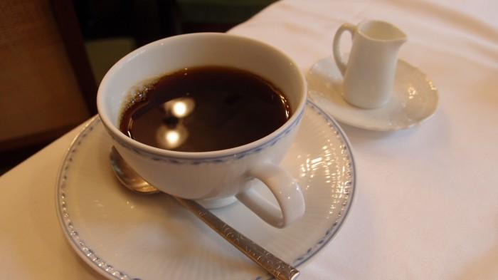 パリの朝市 コーヒー
