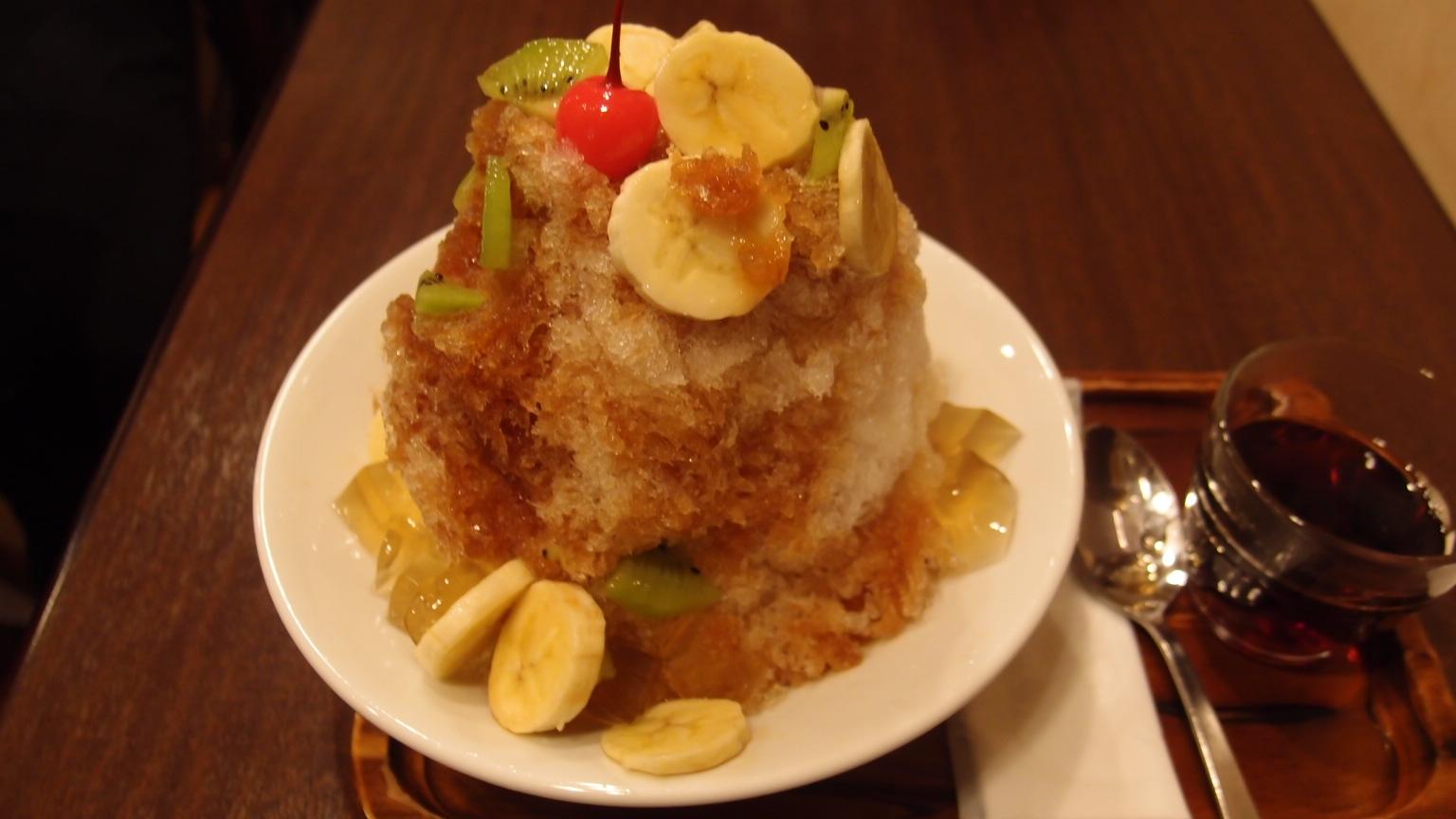 銀座 三徳堂 シャイティァオ(夏一跳かき氷) | マンゴーかき氷(台湾産最高級完熟)
