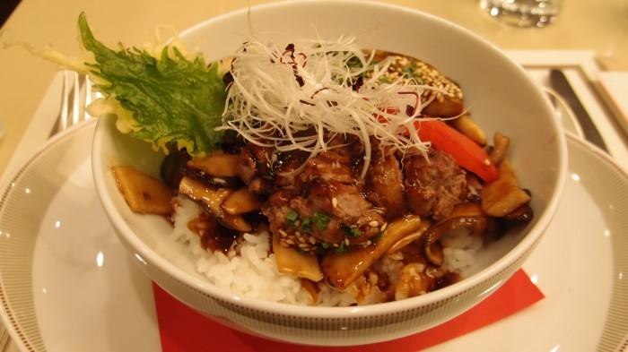 ParksideDINER@帝国ホテル 牛網焼きとフォワグラの洋風丼