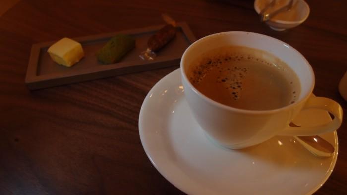 Dominique Bouchet(ドミニク ブシェ) カフェ