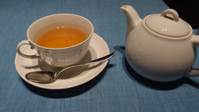 カフェコムサ銀座 紅茶