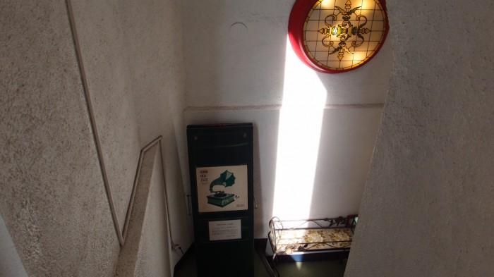 3丁目のカレー屋さん 階段