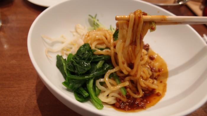 京華小吃(ジンファシャオツゥ) 炸醤麺
