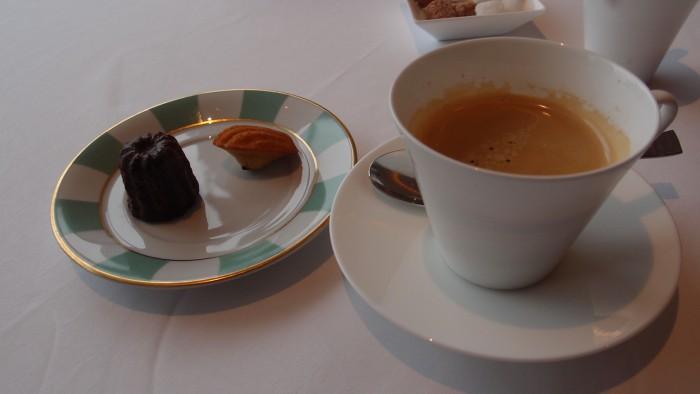 タテルヨシノビズ コーヒー