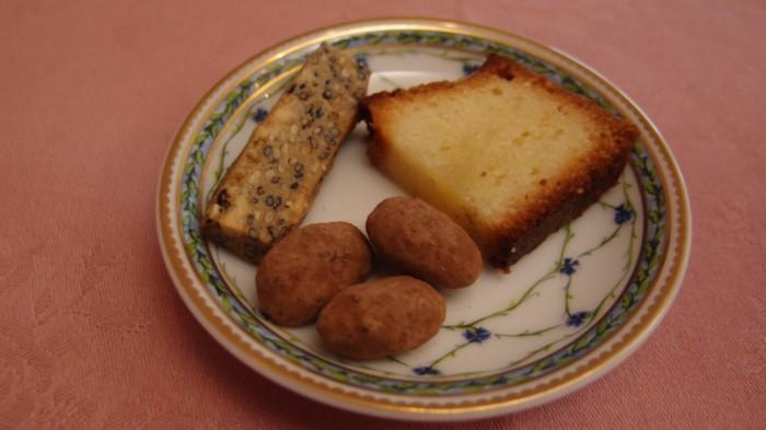 レストラン ドンピエール 小菓子