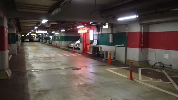 帝里加 地下駐車場