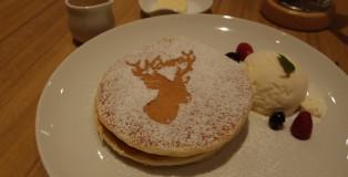 鹿ちゃんホットケーキ