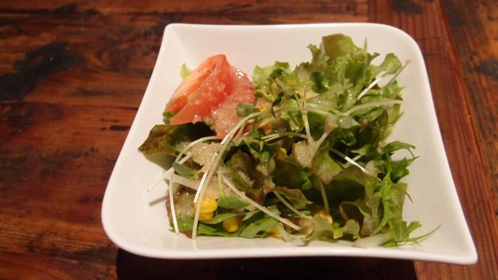 BARNEA GRILL サラダ