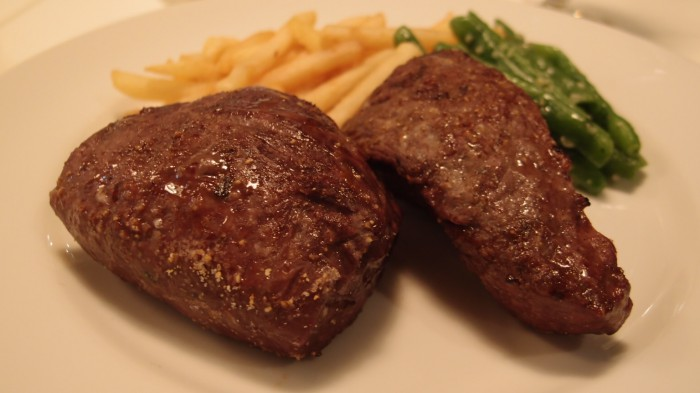 ラ・カンティーヌ サントル 牛イチボ肉のロースト
